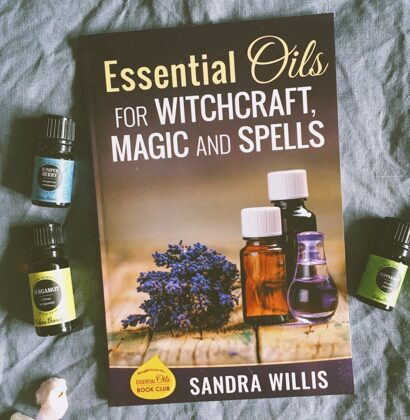 Essential Oils for Witchcraft, Magic and Spells